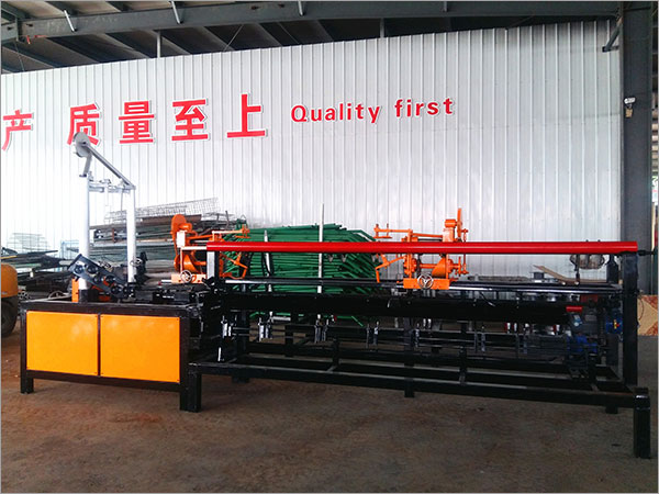 Why-choose our chain link fencing machine